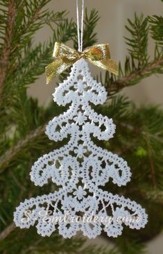 Information about SKU 10641 Christmas tree Battenberg lace machine embroidery design Machine Embroidery Applique, Tatting Patterns, Free Machine Embroidery Designs, Machine Embroidery Patterns, Lace Christmas Tree, Crochet Christmas Decorations, Christmas Crafts, Bruges, Princess Party