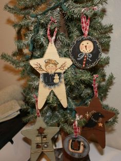 Adorable Country Classics: Primitive Ornaments - Terrye French & My Designs