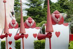 Disneyland Paris, 20 Anniversary. More on www.pursesandi.net #disney #disneyland #disneylandparis #fantasy #happy #pursesandi #minnie #paris #parigi #love #aliceinwonderland #carte #alicenelpaesedellemeraviglie #waltdisney