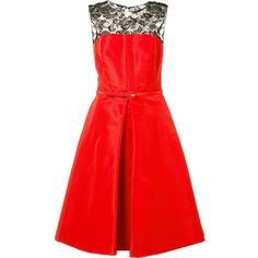 Oscar De La Renta Inverted Pleat Flared Dress (332,985 INR) ❤ liked on Polyvore featuring dresses, red flared dress, inverted pleat dress, red flare dress, oscar de la renta dresses and red silk dress