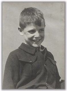 (05/19/1935) Zwolle, Netherlands (04/14/1945) shot in his hometown 9 years old