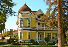 Gorgeous Victorian Home in Redlands, Ca