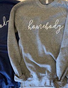 t shirts Homebody crew neck unisex sweatshirt Joanna Beneficial properties graphic Vinyl Shirts, Mom Shirts, Cute Shirts, Sweatshirt Outfit, Crew Neck Sweatshirt, Graphic Sweatshirt, Sweatshirt Refashion, Fixer Upper, Pullover Pink