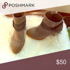 Ankle booties Like new condition. Bought at a boutique Shoes Ankle Boots & Booties