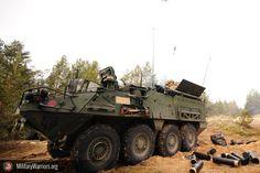 U.s. soldados asignado a mortero pelotón, sede y sede de tropas, segundo Regimiento de caballería ( prusiano ), fuego 120mm mortero rondas como parte de un combinado vivir - fuego ejercicio con la letón fuerzas terrestres, durante la operación Atlántico resolver en adazi formación espacio, letonia, de marzo de 6 , 2015. operación Atlántico resolver es un u.s. ejército europeo condujo tierra fuerza fiabilidad formación misión que se dan en Estonia, letonia, lituania y Polonia para mejorar…