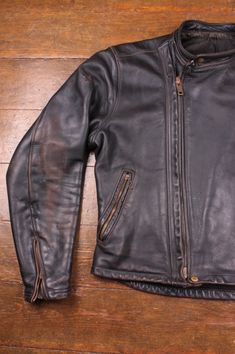 Horsehide Patina on the a vintage Langlitz Cascade Leather Jacket in horsehide.