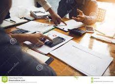 Archivmanagement Wir helfen Ihnen mit der sicheren und kosteneffizienteren Lagerung Ihrer Akten. Ausgehend von der aktiv-bewirtschafteten oder passiven Archivierung Ihrer Dokumente, steht Ihnen die Firma Staub mit Rat und Tat zur Seite, bis hin zur gesetzeskonformen physischer Langzeitarchivierung. Aktiv, Rat, First Aid, Rats, Computer Mouse