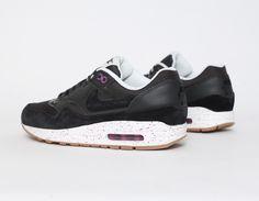 #Nike #AirMax 1 Black Purple #Sneakers