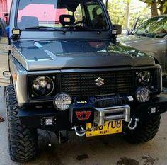Jeep Suzuki, Suzuki Sj 410, Jimny Suzuki, Suv Trucks, Mini Trucks, Chevrolet Samurai, Jimny 4x4, Jimny Sierra, Car Supplies