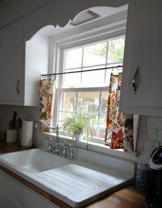 Installing Our Vintage Drainboard Sink - City Limit Style Vintage Kitchen Sink, Vintage Farmhouse Sink, Vintage Sink, Farmhouse Kitchen Cabinets, Modern Farmhouse Kitchens, Kitchen Redo, Kitchen Styling, Kitchen Remodel, Kitchen Design