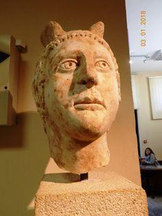 ΜΟΥΣΕΙΑ ΠΕΛΟΠΟΝΝΗΣΟΥ: Αρχαιολογικό Μουσείο Μεσσήνης, Μεσσηνία, Πελοπόννησος - 20 φωτ. του 2018 Sculpture, Statue, Art, Art Background, Kunst, Sculptures, Performing Arts, Sculpting, Carving