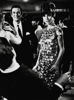 Bazaar 60/70 - Audrey Hepburn Paco Rabane  1967