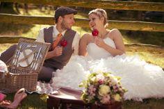 Echter Blickfang: Kandierte Äpfel zum Hochzeits-Picknick | Foto: jn-photoart.de