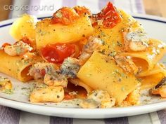 Paccheri spatola e pomodorini: Ricette di Cookaround | Cookaround