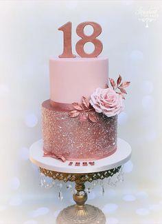 Wedding cake recipes 587508713876570596 - Rose Gold Birthday Cake Rose gold birthday cake, rose gold glitter cake – Huge Rose Gold Birthday Cake Rose gold birthday cake rose gold glitter cake Source by Birthday Celebration, Birthday Parties, Beautiful Birthday Cakes, Beautiful Cakes, Pretty Cakes, Birthday Cake 50, Homemade Birthday, Glitter Birthday Cake, 18th Birthday Cake