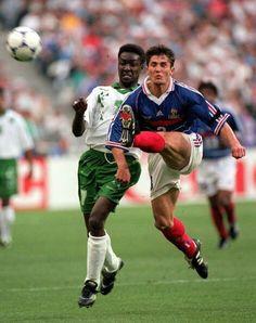France 4 Saudi Arabia 0 in 1998 in Paris. Bixente Lizarazu boots upfield in Group C #WorldCupFinals