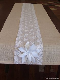 New Wedding Table Runner Diy Burlap Ideas Lace Table Runners, Burlap Table Runners, Lace Runner, Wedding Table Flowers, Wedding Tables, Lace Wedding, Trendy Wedding, Wedding White, Diy Wedding