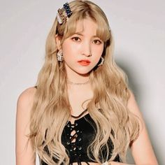 Gfriend Sowon Sexy Time For Us Sunrise Icon Kpop Girl Groups, Kpop Girls, Gfriend Sowon, G Friend, Mystery Books, K Idols, Girl Crushes, Rapper, Singer