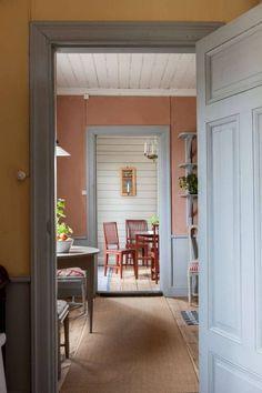 Cottage Interiors, Swedish Interiors, Colorful Interiors, Scandinavian Living, Scandinavian Interior, Room Colors, House Colors, Decor Interior Design, Interior Decorating