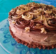 Chocolate coffee caramel cake. Chocolate Coffee, How To Make Cake, Caramel, Cakes, Desserts, Food, Sticky Toffee, Tailgate Desserts, Candy