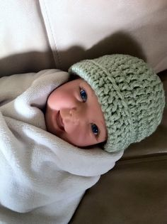 Adventures In Crochet: Free Pattern for Crochet Newborn Baby Beanie