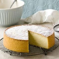 Basic cake and chocolate cake recipe Cupcake Recipes Uk, Easy Cake Recipes, Easy Desserts, Baking Recipes, Dessert Recipes, Easy Sponge Cake Recipe, Sponge Cake Recipes, Basic Cake, Chocolate Cupcakes