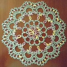 LadyTats Lace and Socks!: Finished Arches Doily