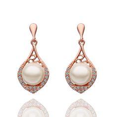 $4.85 Pair Of Women's Elegant Rose Gold Pearl Earrings