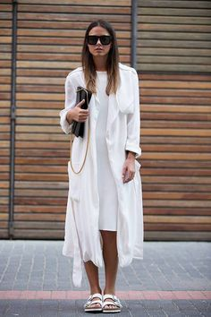 Check out some easy and stylish weekend outfits that you can try in order to create the best street style looks! Birkenstock Outfit, Cool Street Fashion, Love Fashion, Fashion Outfits, Fashion Trends, Hijab Fashion, Lookbook, Weekend Outfit, Colourful Outfits