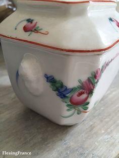 FleaingFrance....Porcelain of Paris sugar bowl