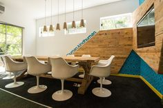 Rustic meets futuristic. And they like each other. #workspace #office #decor #creative