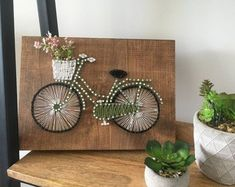 Handmade string art and wooden signs di MBWoodenCreations su Etsy Flower Wall Decor, Wall Art Decor, Bicycle String Art, Bicycle Art, Arte Linear, Nail String Art, Art And Hobby, Thread Art, Handmade Decorations