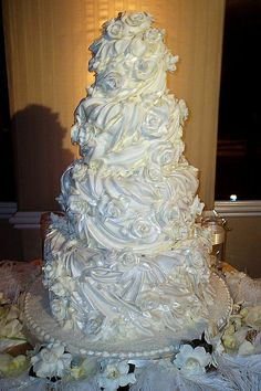 White Christmas~5 tier wedding cake