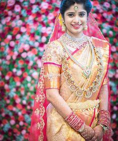 Pc @blush_finemakeupart #tamilbride #southindianbride #telugubride #southasianwedding #teluguwedding #keralaweddings #hinduwedding #christianwedding #kannadabride #kannadawedding #muslimwedding #tamilwedding #tamilmakeupartist #tamilkalyanam #weddingsaree #weddingjewelry #weddingphotography #weddinginspiration #templejewellery #beautifulbride #asianwedding #swayamvaraa #luxurywedding #bridalmakeup #manavaraisaree #kooraisaree #koorai #keralabride #konguwedding #southindianwedding Telugu Brides, Telugu Wedding, Saree Wedding, Kerala Bride, South Indian Bride, Indian Bridal, Bride Portrait, South Asian Wedding, Wedding Sets