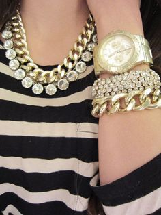 Oversize Chunky Gold Chain Necklace. $20.00, via Etsy. | See more about gold chain necklaces, chain necklaces and gold chains.
