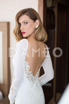 - Rückenfrei Kleine Schleppe Chiffon Lange Ärmel V-Ausschnitt Brautkleid