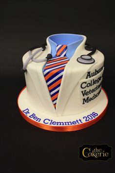 The Cakerie: Wedding Cakes in Birmingham AL College Graduation Parties, Grad Parties, Graduation Ideas, Vet Cake, Auburn Cake, Groomsman Cake, School Cake, Graduation Cupcakes, No Bake Treats