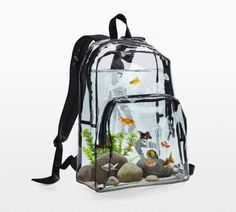 """archiemcphee: """"Last month we featured purses shaped like fancy goldfish. Today let's check out a backpack that functions as a fish tank! The Backpack Aquarium is a clear """"self-cleaning"""" backpack that contains goldfish, rocks, snails, and plants. Aquarium Design, Home Aquarium, Aquarium Original, Conception Aquarium, Objet Wtf, Cool Fish Tanks, Fish Home, Pet Fish, Your Pet"""