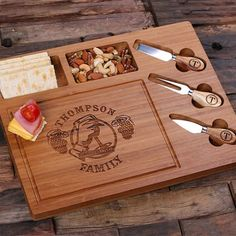 Special Discount Personalized Bamboo Wood Cutting Bread Cheese Serving Tray Board with Tools Diy Wood Projects, Wood Crafts, Woodworking Projects, Wood Cutting, Cutting Boards, House Warming, Gifts, Bamboo Board, Notes