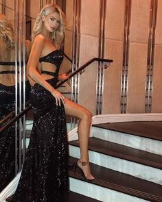 Sexy Long Dress, Strapless Dress Formal, Prom Dresses, Formal Dresses, Women With Beautiful Legs, Black Sparkly Dress, Ootd, Types Of Dresses, Party Dress