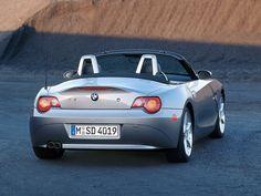 BMW Z4 (2002 – 2005).