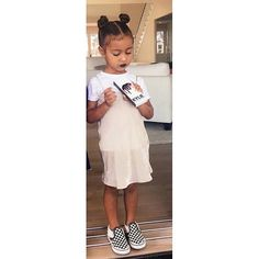 North repping @kyliecosmetics #northwest Pinterest @1Jocelynn like this pin? Check out the rest of my pins Kardashian Style, Kardashian Jenner, North West Kardashian, Kylie Jenner, Cute Kids, Cute Babies, Celebrity Kids, Future Daughter, Jenner Sisters