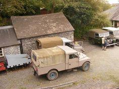 Desert campaign beige Land Rovers
