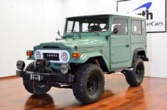 1973-toyota-land-cruiser-4×4- fj40-frame-off-green-rare-restoration-c | Land Cruiser Of The Day!