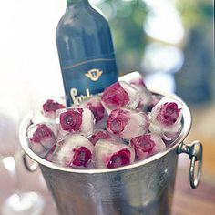 You can even freeze them into ice cubes! | 14 Delicious And Charming Reasons To Throw A Kentucky Derby Party