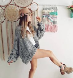 Knit Fashion, Arte Fashion, Fashion Outfits, Irish Crochet, Free Crochet, Crochet Woman, Crochet Cardigan, Crochet Clothes, Crochet Patterns