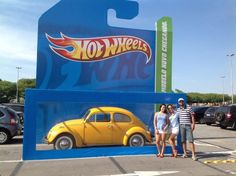 This unique Hot Wheels travelling promotion packages real cars Like Hot Wheels toys and offers photo opps for fans.  Would love to do this with my car!