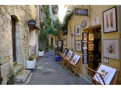 Mougins is a great location to explore the many parts of the French Riviera which gets 11 million visitors a year