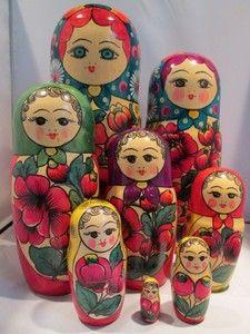 Love old nesting dolls.