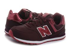 2d381a5b48bf A(z) shoe-list nevű tábla 128 legjobb képe | Athletic Shoes, Loafers ...